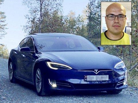 Marius Langø slakter sin egen Tesla i bilannonse. Responsen har vært upåklagelig.