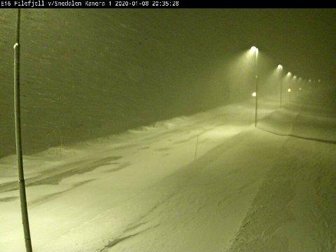 Veien over Filefjell er eneste mulighet for privatbiler som skal mot Østlandet onsdag kveld.