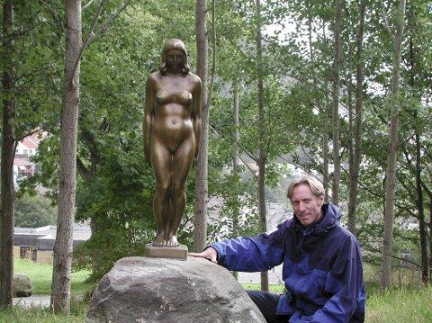 Styreleder i Sofus Madsen skulpturmuseum, Bjørn Arne Olsen, er takknemlig for at museet fikk tilskudd, og nå kan åpne til våren.