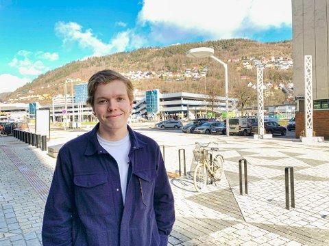 Medisinstudent Gard Johanson har meldt seg til tjeneste ved behov.