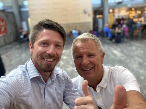 Thor-Christian Ebbesvik og Bjørn Dalland i Autosalg AS er strålende fornøyde på vei hjem fra kick off for BYD Tang i Oslo.