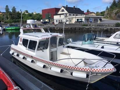 Dette er båten som er stasjonert i Mastrevik. Foto: Nordhordland brann- og redning