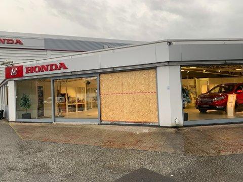 Slik så Honda-butikken ut torsdag morgen.