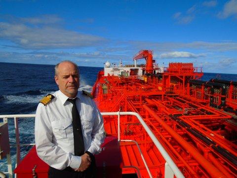 Kjell Arne Hevrøy er kaptein på Odfjell-tankeren Bow Excellence. Sammen med hundretusenvis av andre sjøfolk er han nå på overtid for å komme hjem.