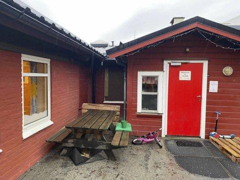 Alarmen i Gyldenpris barnehage gikk klokken 0219 natt til onsdag. Tyvene har trolig tatt seg inn et lite vindu til kjøkkenet.