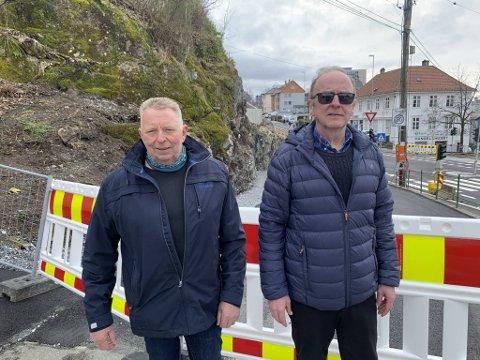 Per Werner Schmidt og Jarle Klungsøyr bor i Solbakken. De har sett seg lei av at farlige trafikale situasjoner kan oppstå i gaten.