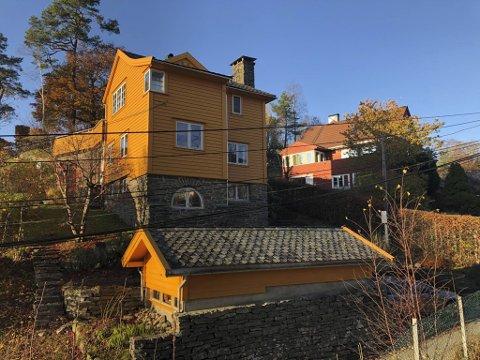 «Solbrot» kalla den kjende bergensarkitekten Peter Andersen huset han teikna til seg og sin familie i 1937. For på teikningane står det berre hans namn – som med så mange andre bygg han stod bak. Til no har berre etterkomarane hans visst at også kona hans, Kirsten var vel så involvert.