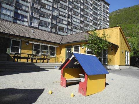 Dersom streiken blir trappet opp onsdag, kan det bli tomt på lekeplassen til Mannsverk Barnehage.