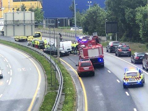 Fire bilar var involverte i ulykka på E39.