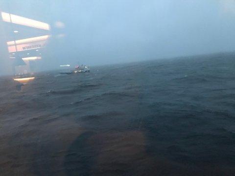 Flere båter kom til området for å bistå under aksjonen.