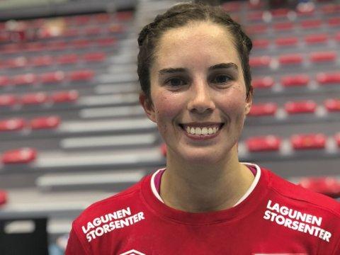 Celine Solstad scoret syv mål da Fana slo Byåsen 26-21 hjemme i Fana Arena.