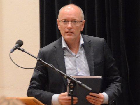 Rådmannen i Rennesøy, Birger Clementsen, tilbys nå plass i toppledelsen i Nye Stavanger kommune og blir tilbudt stilling som direktør for støtte og utvikling.