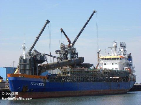 Syv personer om bord i bulkskipet «Tertnes» har testet postivt for covid-19.