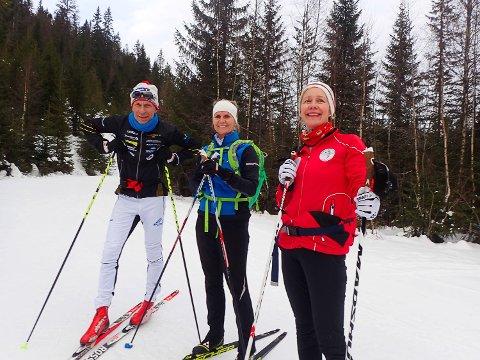 STRØKNE FORHOLD: Kristen Aabye, Ann Elisabeth Gunnulfsen, Marit Kure fikk seg en fin skitur i Finnemarka lørdag.