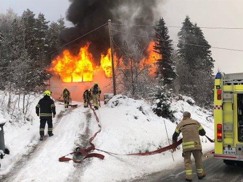 BRANN: 2. desember i fjor brant dette huset ned til grunnen på Drolsum.