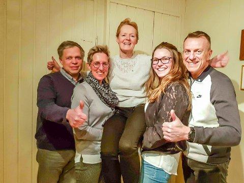 SENTERPARTITOPPENE: Sunni Grøndahl Aamodt (midten) er toppkandidat for Senterpartiet. Tone Kronen og Terje Ingvoldstad (t.h.) følger på andre og tredjeplass mens Kristi Skinnes og Roar Østli er nummer fire og fem.