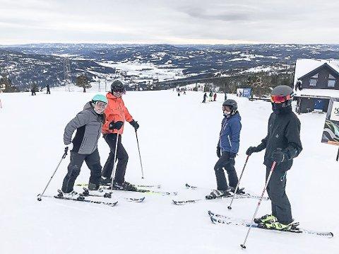 TRAVELT I UKE 8: Når Oslo-området har vinterferie er det som travlest på Norefjell. I år var det 3.000 besøkende på fjellet i uke 8.