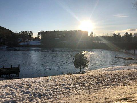 LEILIGHETSKOMPLEKS: På andre siden av fjorden her ønsker Partum Eiendom å bygge noe tilsvarende Jarlsberg brygge i Sande.