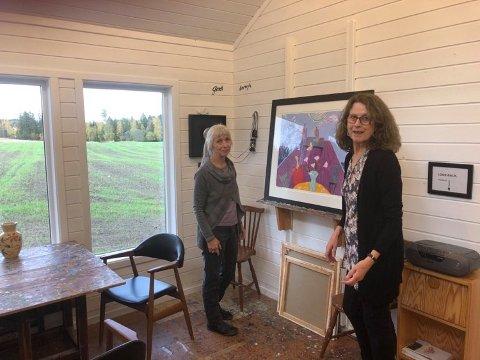 UTVALGTE: Smykkekunstner Siv Asbjørnsen og billedkunstner Liv Grønlund deltar i årets Kunst rett vest og åpner sine atelierer for publikum.