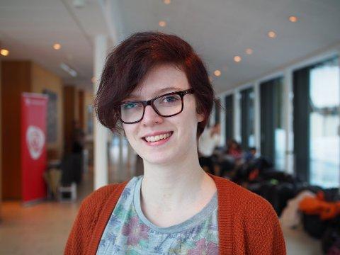 KRITISK: Viktoria Marie Trulsrud er kritisk til at politiske møter ender med å vare i ni timer.