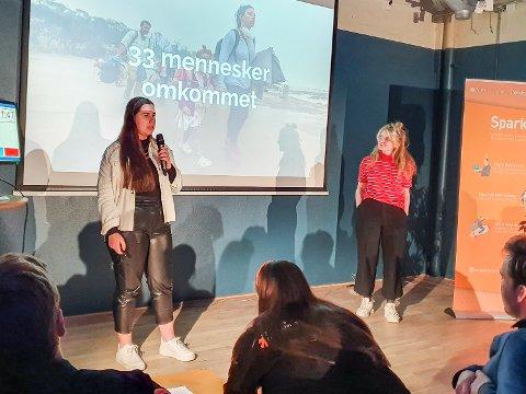 WAID: Karoline Saastad og Lina Haug pitcher WAID på event med Spark.