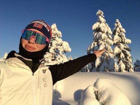DRØMMEPÅSKE: I lavlandet på ski – på Øståsen. Mathilde Rønning kan ikke tenke seg noe bedre.