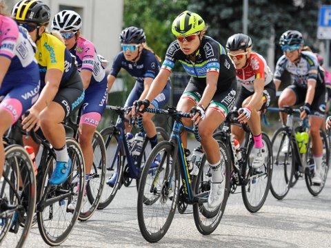 VERDENSELITE: Flere av verdens beste syklister på kvinnesiden blir å se lørdag, når Ladys Tour of Norway passerer gjennom Midtfylket.