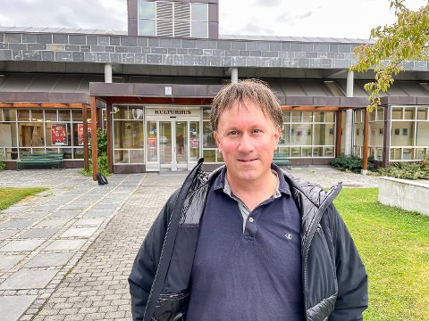 ØNSKER VELKOMMEN: Martin Kaggestad ønsker velkommen til den femte utgaven av Modumkonferansen, som igjen arrangeres med fysisk tilstedeværelse.