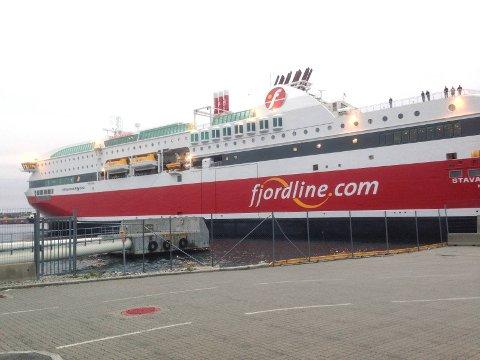 """KUN ÉN DAG I RO: MS """"Stavangerfjord"""" ble kun liggende til kai torsdag i forrige uke. Fredag gikk avgangene igjen som planlagt."""