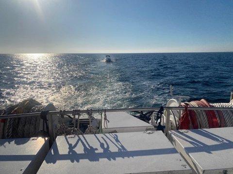 En fritidsbåt fikk hjelp etter motorstopp torsdag kveld.