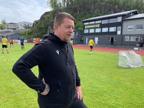 FLYTTER: Daglig leder Kenneth Andersen tar med seg EIK til Sandnes for å spille hjemmekamp i helgen.