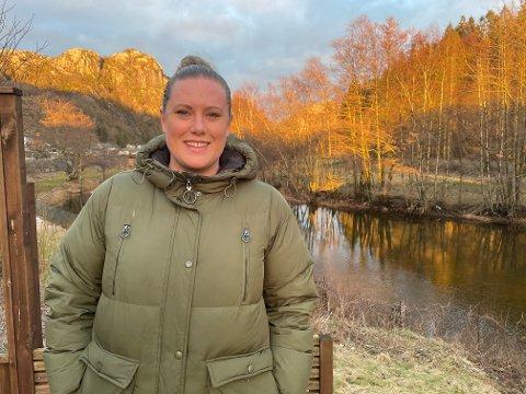 SÅ EN NY MULIGHET: Hanne Mathisen Skailand har utdannelsen som passer perfekt til sin nye jobb. - Jeg liker å jobbe med mennesker, sier 33-åringen.
