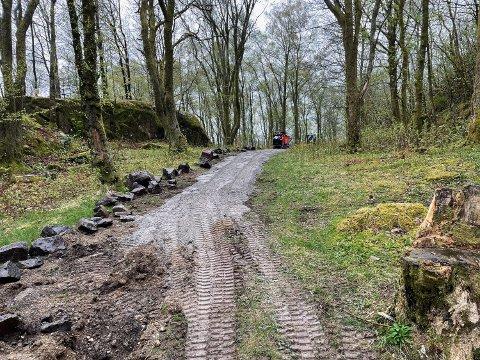 BYGGESTART: Det blir aktivitet i Varberg de neste ukene. Den oppgraderte turstien skal etter planen være ferdig en gang i sommer.