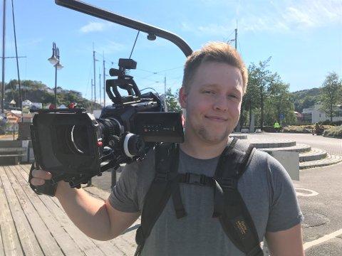 TRAVELT: Alexander Svanes har drevet firmaet Svanes Media i et år. – Nå begynner det å bli travelt.