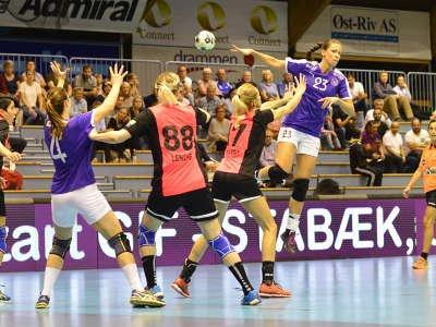 HOVMESTERBLIKK:  Marianne Iversen er flink til å sette medspillerne opp i gode situasjoner.