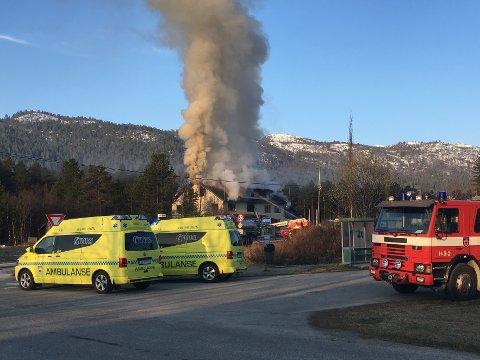Hovet  20160510. Tidlig tirsdag morgen brøt det ut brann i et planlagt asylmottak i Hovet i Hol kommune i Hallingdal.  Foto: Stian Strand / NTB scanpix