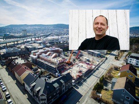 HVOR ER GAMLEBYEN? Øystein Berg (innfelt) skriver om utviklingen av Drammen. Han mener vekst-presset er så stort at historien vår står i fare for å forsvinne.