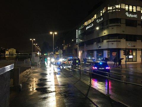 Politiet gjennomsøkte to busser på Bragernes i håp om å få has på tyven.