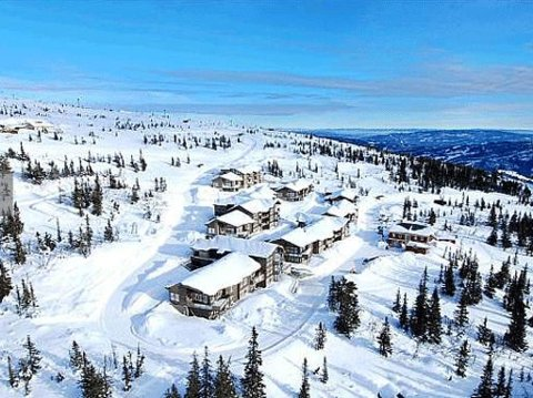 Leilighetene ble omtalt som noen av de flotteste og dyreste i fjell-Norge da Nettavisen omtalte dem i 2012, men mange av kjøperne har hatt problemer etter at de flyttet inn. Foto: FINN/EIE/NETTAVISEN