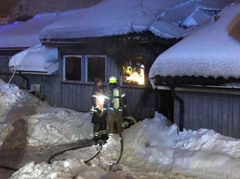 Flammene sto opp på kjøkkenet i leiligheten der brannen startet.