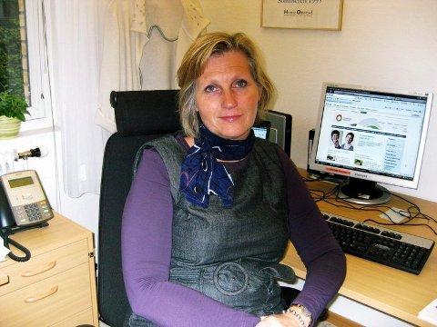 SMITTEDE ELEVER: Rektor Kristine Novak tror tallet på antall smittede elever ved Drammen videregående skole vil øke.