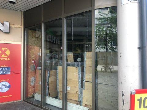 FORNYELSE: Nå tas lokalene som har stått tomme i Byhaven i bruk. Lokalene blir en del av matbutikken.