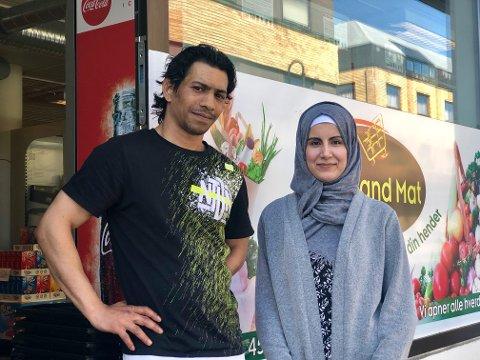 FØRST UT: Fedi Hussein (35) og Heba Mohamad (28) startet i år matbutikken Hjemland Mat, og er den første butikken i Mjøndalen sentrum som har søndagsåpent.