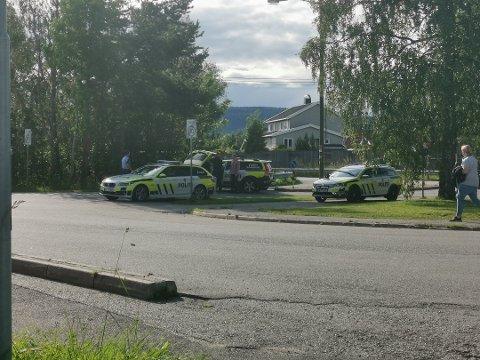 De to siktede ble pågrepet ved Tranby i 16.45-tiden, over fire timer etter at gutten ble meldt savnet. Ifølge politiet skal 14-åringen ha sittet i bilen under hele ferden.