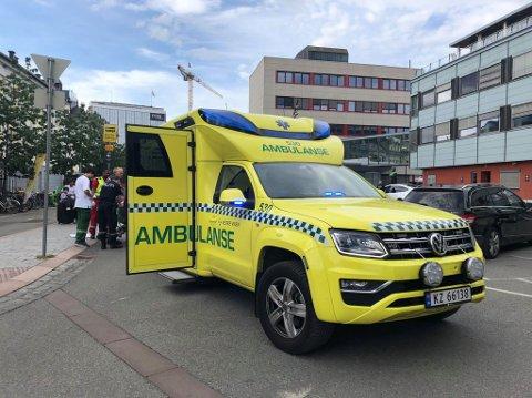 STUDENTER: I sommer skal ambulansene bemannes med sykepleierstudenter, paramedic-studenter og sykepleiere. Det vil til en hver tid være ferdig utdannede parapedics til stedet. Arkivfoto: Karl Martin Jakobsen