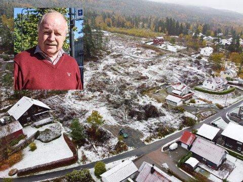 TRIST: Thor Sigurd Syvaldsen behandlet selv reguleringsplanen som medlem av et enstemmig kommunestyre i 2017. Nå reagerer naboene på boligbyggingen ved Kvernhusveien i Solbergelva.
