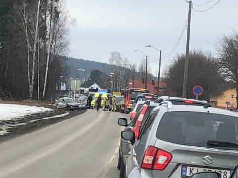 KØ: Det var en kort periode kø på strekningen etter ulykken.