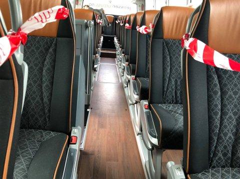 HALVPARTEN SPERRET AV: Vy kjører med halv kapasitet i alle busser for tog. Målet er unngå korona-smitte.