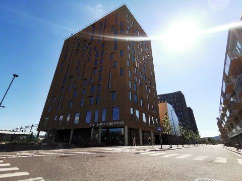EKSTRA KOSTBAR BYGGING: Drammen Stasjon hotell nekter å betale ekstraregningen fra Skanska.