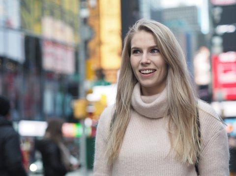 EN UFORMELL PRAT: I serien «20 kjappe med Svelviksposten» har avisa tatt en prat med Anniken Aronsen fra Svelvik, som jobber som journalist  Oslo.